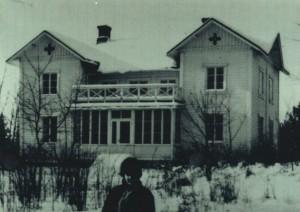 """Norrlinin huvila """"Rantala"""" vuonna 1964 vähän  ennen purkamista. Kuvan on ottanut Urho Koskinen."""
